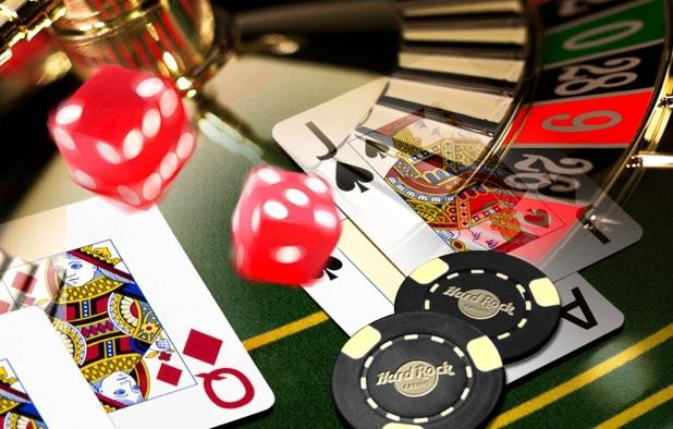 nemokamas-ar-mokamas-internetinis-kazino